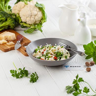Царская смесь овощей в соусе бешамель
